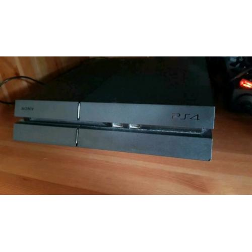 Playstation 4 (1000GB)
