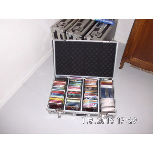 STERKE CD FLIGHT CASES