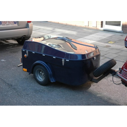 blue USA vacuum trailer